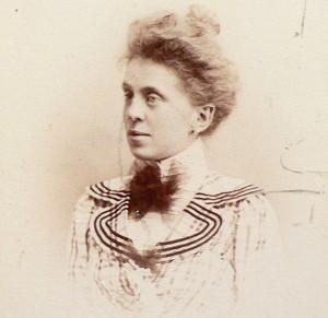 Maud Henon Weaver
